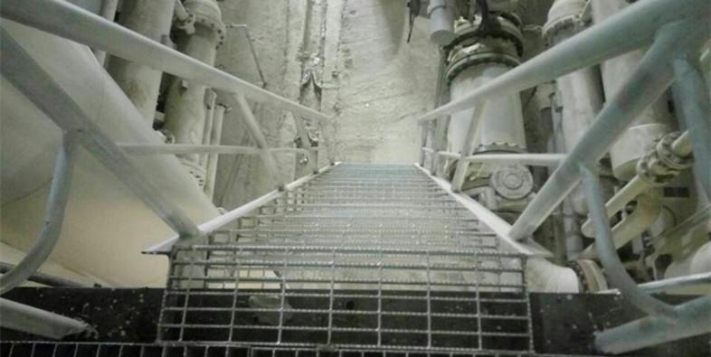 河南踏步板实际安装实例
